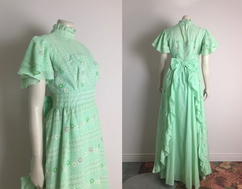 6059a1d1f7c2 60s Mint Green Prom Dress Vintage 1960s Flocked Floral Prairie | Etsy