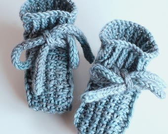 Little Booties PDF knitting pattern