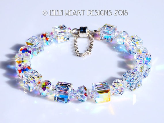 """SILVER FACETED AURORA BOREALIS CRYSTAL BEAD BRACELET WITH CROSS 7.25/"""""""