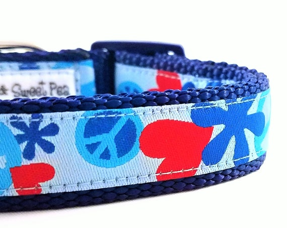 Peace Love and Dog - Dog Collar / Adjustable / Small Dog Collar / Large Dog Collar / Peace / Love / Hearts / Hippie  / Dog Collars