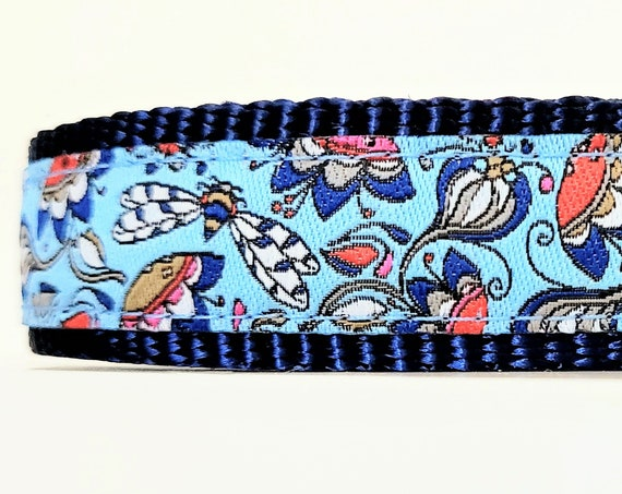 Dragonfly - Dog Collar / Adjustable / Small Dog Collar / Dragonflies / Flowers / Teacup Dog Collar / Puppy Dog Collar / Dog Collars