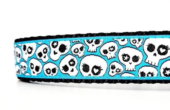 Skulls Dog Collar / Adjustable / Skulls / Small Dog Collar / Large Dog Collar / Skulls / Dog Collars