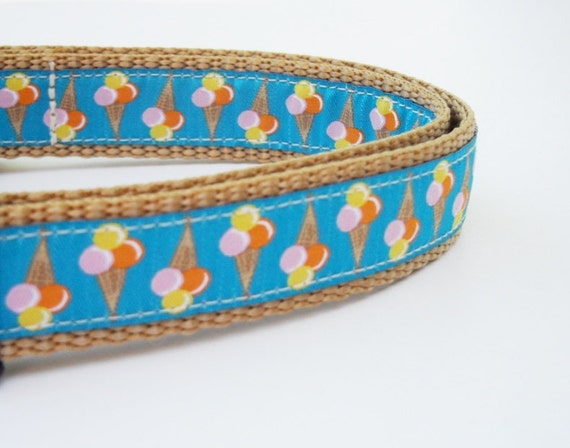 Chillin - Dog Collar / Handmade / Adjustable / Pet Accessories