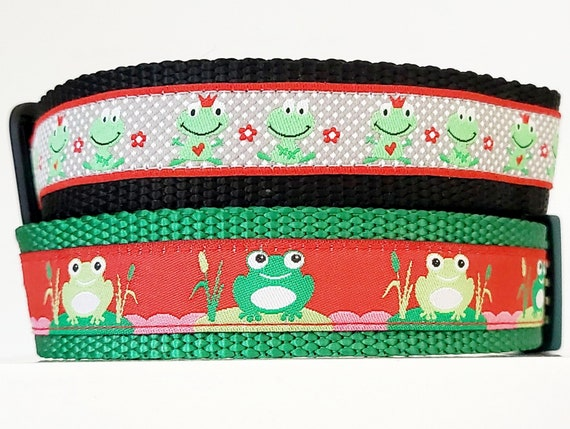 Happy Little Frogs - Dog Collar / Handmade / Adjustable / Toads / Frog Prince / Lily Pad / Water / Frogs / Large Dog Collar / Dog Collar