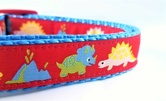 Tricera-pups Dog Collar / Adjustable / Dinosaur / Triceratops / Volcano / Small Dog Collar / Jurassic / Prehistoric / Dog Collars / Handmade