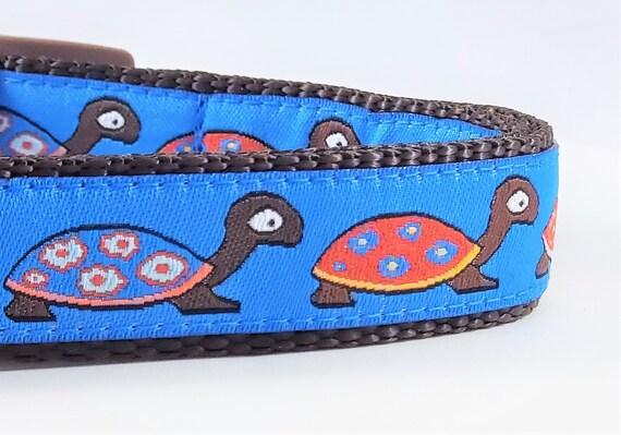 Turtle Dog Collar / Adjustable / Turtles / Flowers / Turtle shell / Small Dog Collar / Large Dog Collar / Pet Collars / Dog Collars