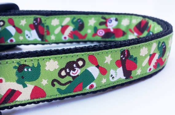 Travelin' Dog - Dog Collar / Pet Accessories / Adjustable / Handmade
