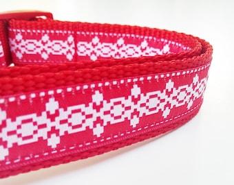 The Holiday Hound - Dog Collar / Pet Accesories / Handmade / Adjustable