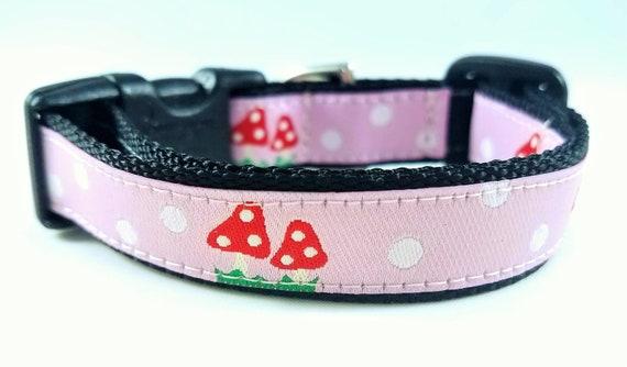 Tiny Mushrooms - Dog Collar / Teacup Collar / Mini Dog Collar / Small Dog Collar / Girl Dog Collar / Mushrooms / Woodland / Polka dots
