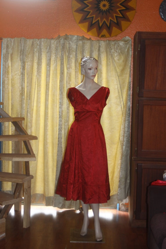Vintage red 1950's full skirt Dress M