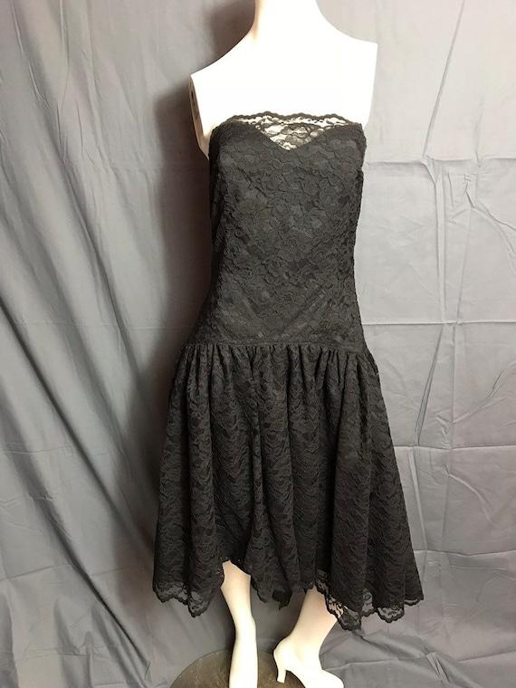Vintage 1980's Black Corset Lace Drop Waist Full … - image 2