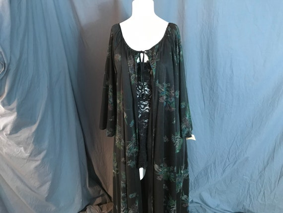 Vintage deadstock Intimate Fashions robe M