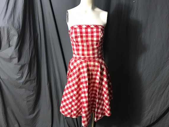 Vintage Princess Peggy 1940's 1950's Pop On red gi
