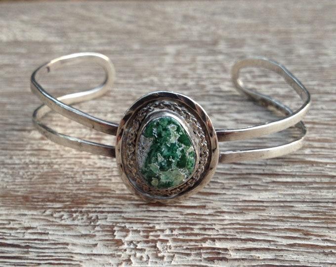 Vintage Silver Stone Cuff Bracelet | Green Stone Cuff