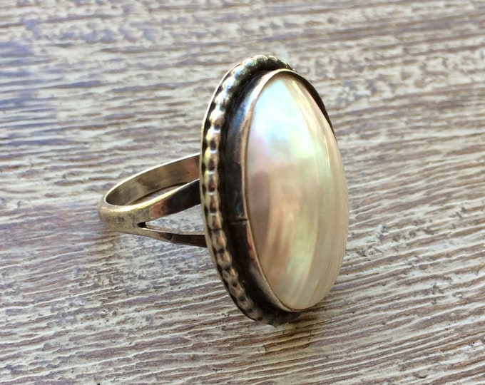 Vintage Silver Mother of Pearl Ring | Large Ring | Size 6 1/2 Ring