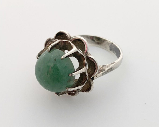 Silver Aventurine Modernist Ring | Green Stone Ring | Size 7