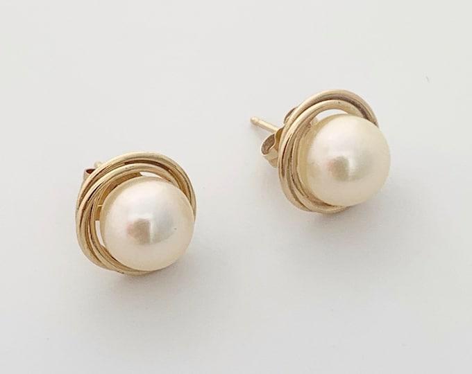 Vintage Gold Pearl Stud Earrings   Classic Pearl Earrings   14K Pearl Earrings