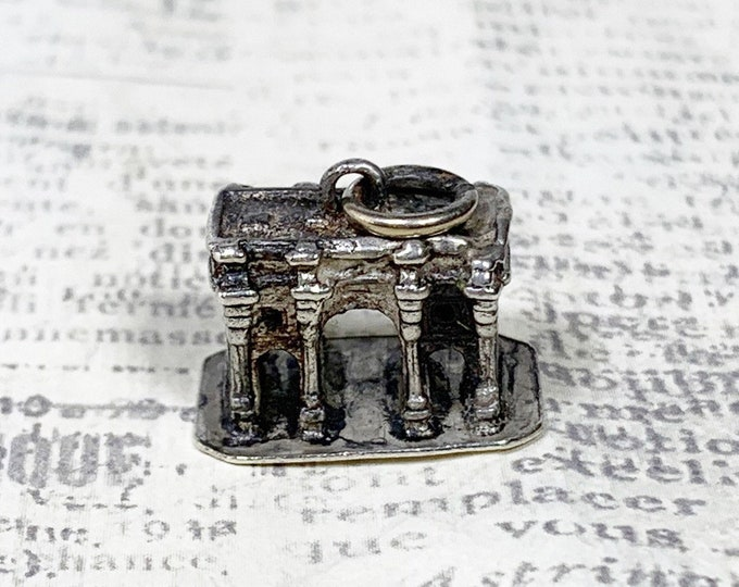 Vintage Silver Marble Arch Charm