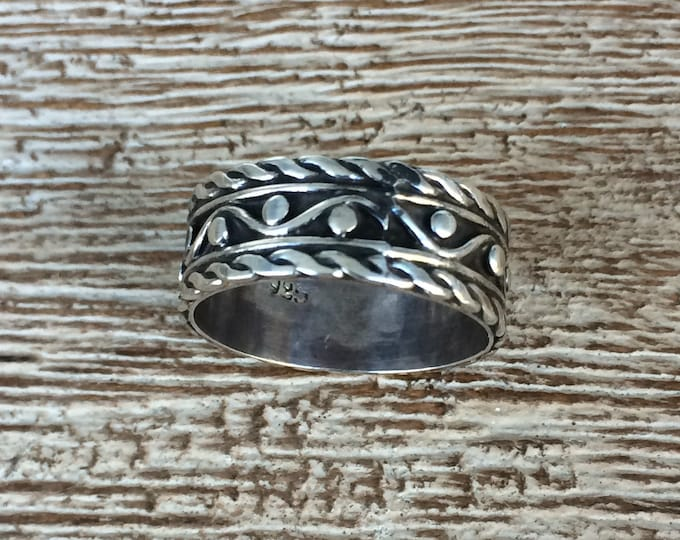 Vintage Silver Wave Band | Twisted Wire Design Ring | Size 8