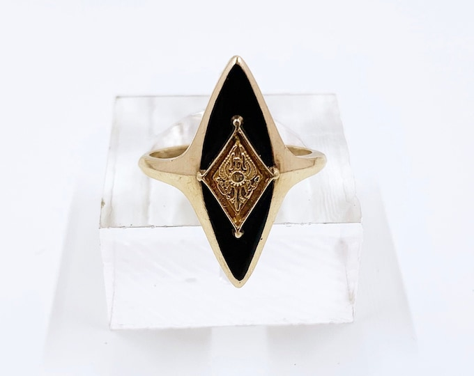 Vintage Gold Marquise Onyx Signet Ring | 10k Eagle Signet Ring | Gold Class Ring | Size 5 1/4 Ring