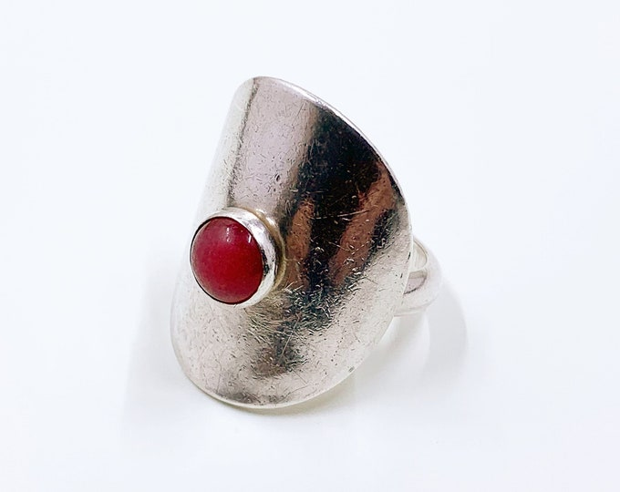Vintage Silver Pink Stone Ring   Size 8