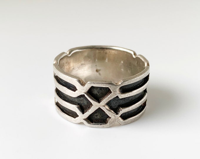 Vintage Silver Geometric Wide Band | Cutout Shadow Box Ring | Size 7 Ring