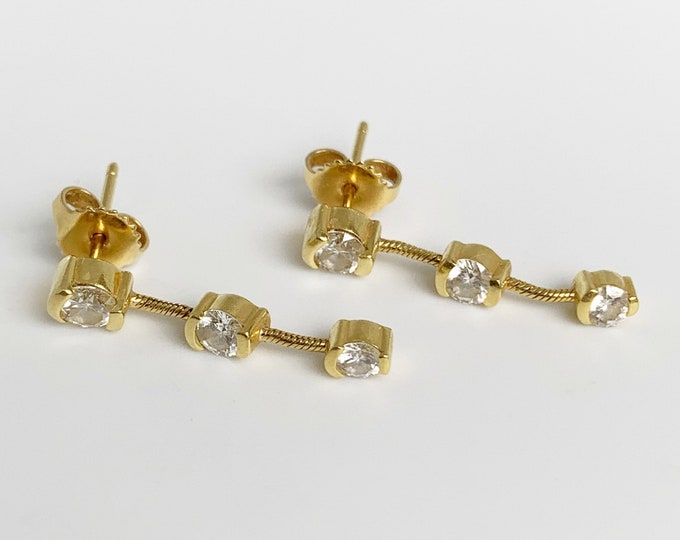 Vintage Gold Diamond Drop Earrings | 18K Gold Cable Chain Earrings | 3 Stone Diamond Dangle | 1.01 Carat Total
