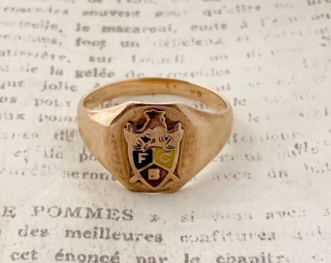 Vintage Gold Knights of Pythias Signet Ring | Fraternal Order Signet Ring | US Size 8 3/4 Ring