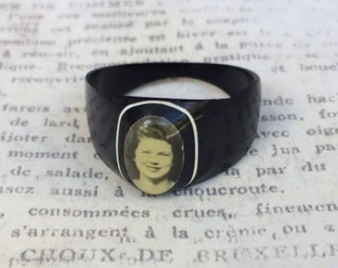 Vintage Prison Sweetheart Ring | Folk Art Ring | Photo Ring | Size 11.5
