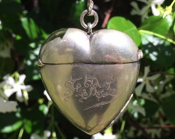 Antique Heart Vesta Case |  Heart Matchsafe
