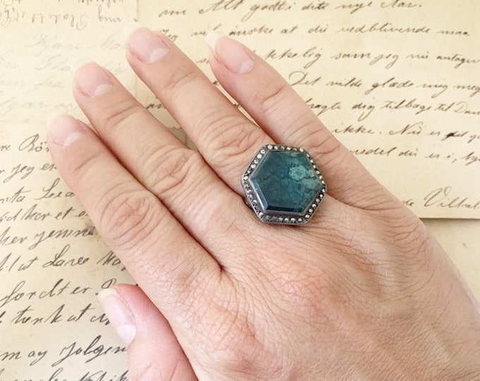 Art Deco Marcasite Ring |  Silver Green Stone Ring |  | Size 5 1/2 Ring