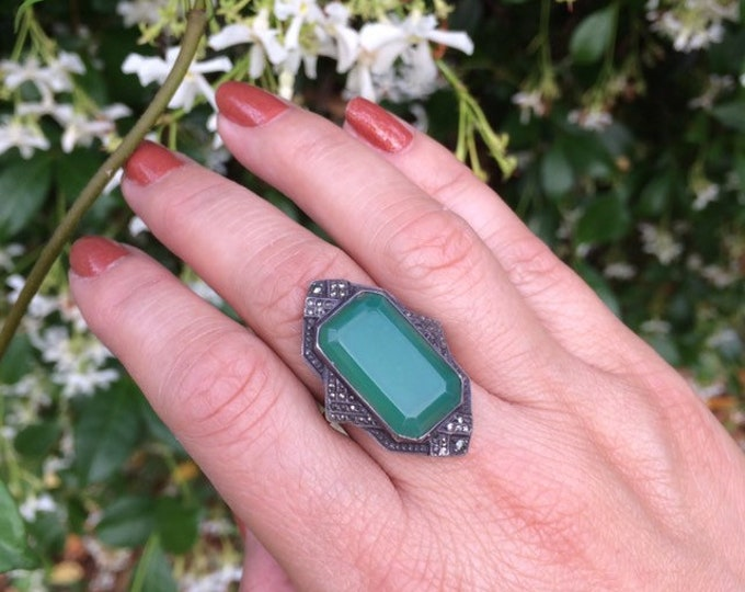 Vintage Art Deco Marcasite Silver Ring | Green Stone Ring | Size 6