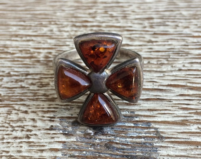 Vintage Silver Amber Cross Ring | Cross Pattée Ring | Size 8 Ring