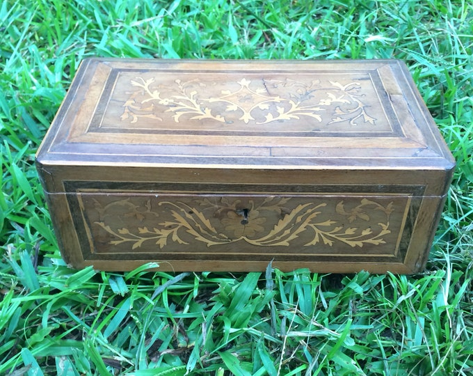 Vintage Marquetry Wood Box | Chinese Inlaid Wood Box | Wood Jewelry Box