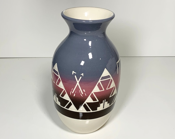 Vintage High Elk Etched Urn Vase | Sioux Pottery | Native American Pottery