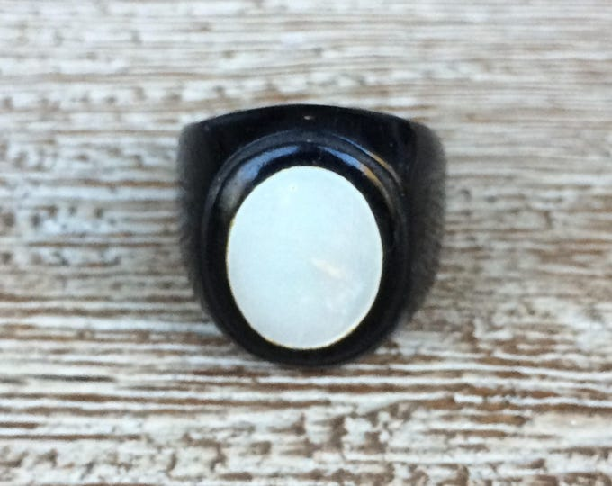 Vintage Prison Signet Ring | Folk Art Ring | Size 6