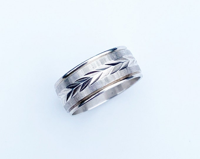 Vintage Silver Engraved Band Ring | Size 7 1/4