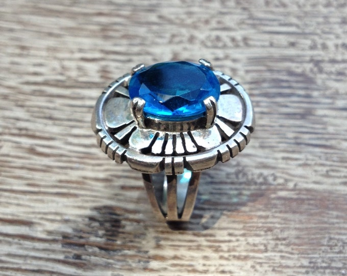 Vintage Sterling Silver Shadow Box Ring | Blue Stone | Size 6