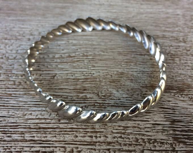Vintage Silver Scalloped Bangle Bracelet | Beau Sterling