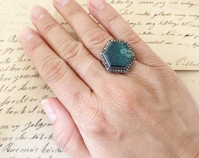 Art Deco Marcasite Ring |  Silver Green Stone Ring |  | Size 5 1/2