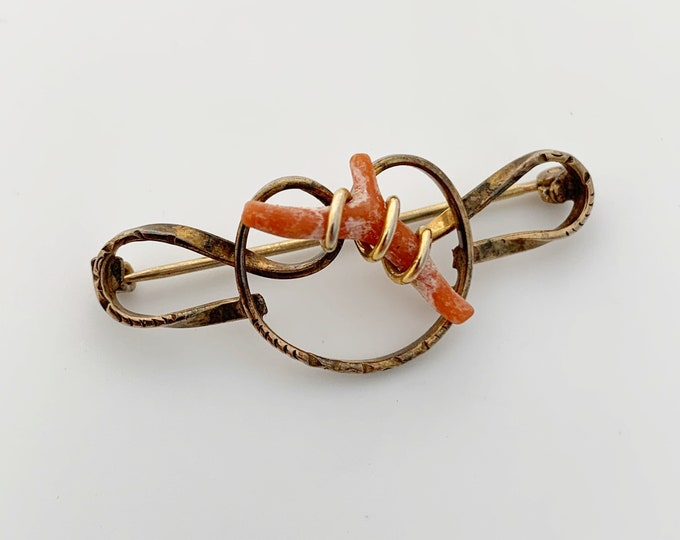 Vintage Love Knot Coral Brooch | Gold Filled Wire Coral Brooch