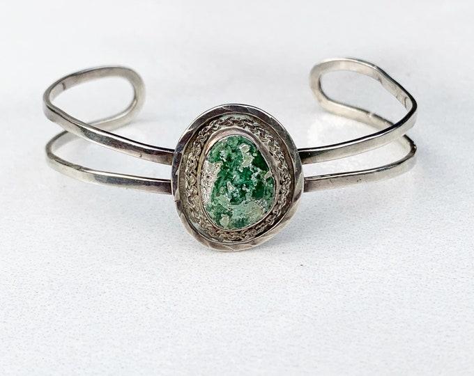 Vintage Silver Stone Cuff Bracelet   Green Stone Cuff
