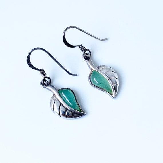 Vintage Silver Leaf Earrings | Green Stone Leaf Ea