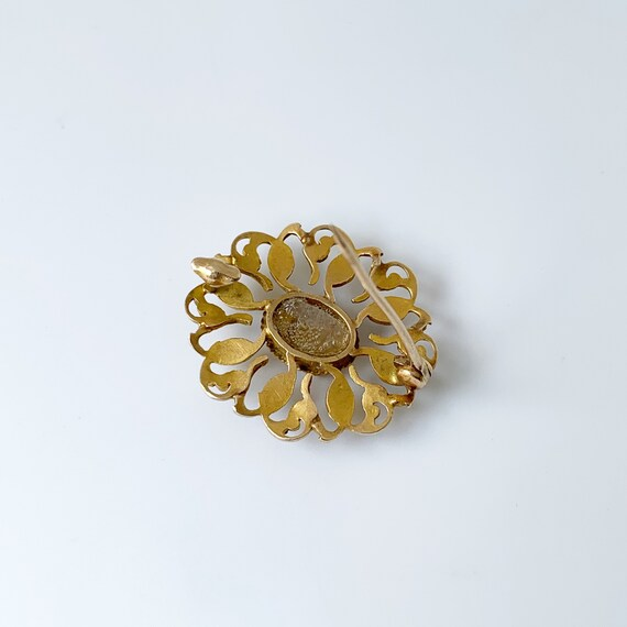 Vintage Seed Pearl Brooch | Mother of Pearl | Gol… - image 7