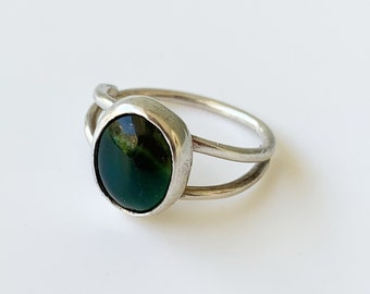 Vintage Silver Agate Ring   Green Banded Agate   US Size 8 Ring