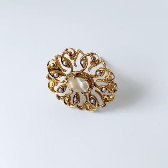 Vintage Seed Pearl Brooch | Mother of Pearl | Gol… - image 4