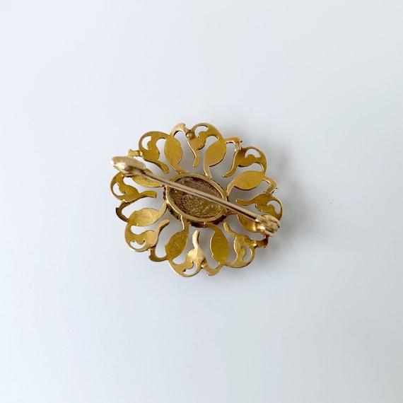 Vintage Seed Pearl Brooch | Mother of Pearl | Gol… - image 6
