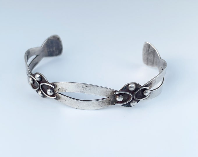 Vintage Mexican Modernist Cuff Bracelet   Sterling Juvenal Taxco Cuff