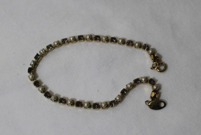 Faux Pearl /& Amethyst Free Shipping in USA Vintage AVON Tennis Bracelet