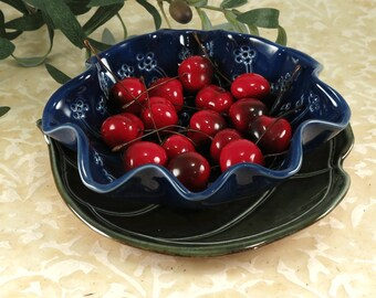 Ceramic Blue Berry Bowl with Plate, Pottery Colander Fruit Bowl in Dark Sapphire Blue, Kitchen Strainer made out of Porcelain